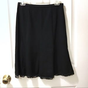 4/$25 The Limited black skirt with lace hem size 0